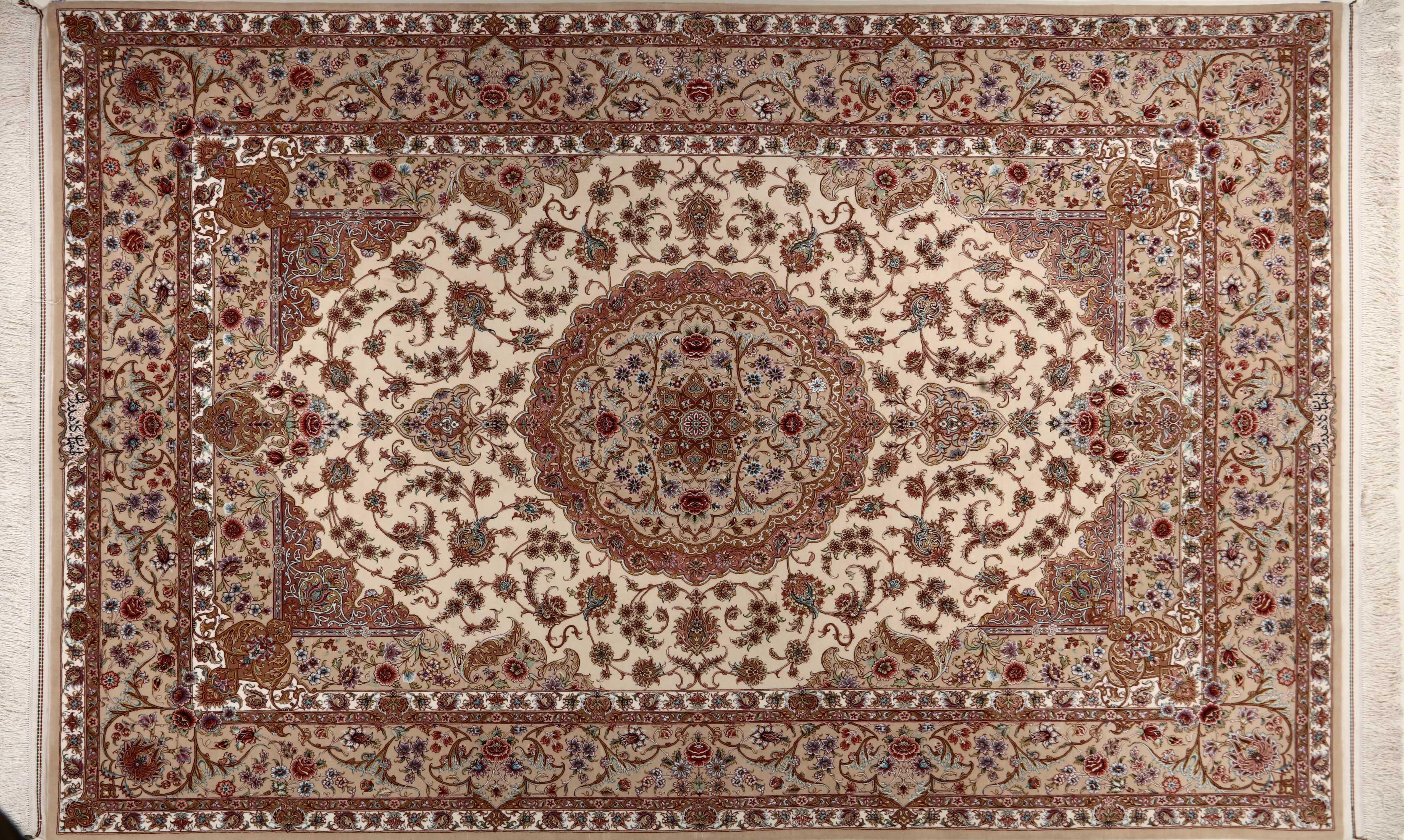 فرش دستباف 6 متری اصفهان | قیمت فرش دستباف ابریشم